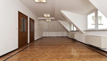 306 m² офис за продажба