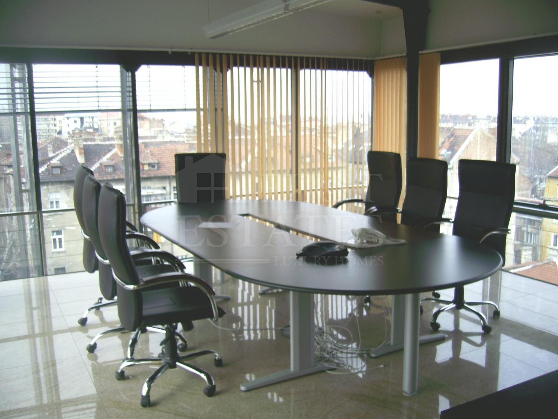 192 m² офис