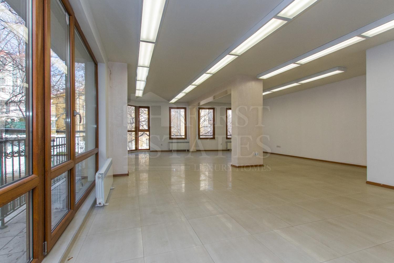 88 m² офис под наем