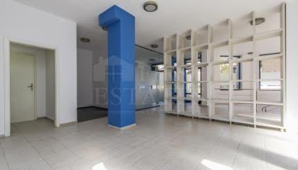 313 m² офис за продажба