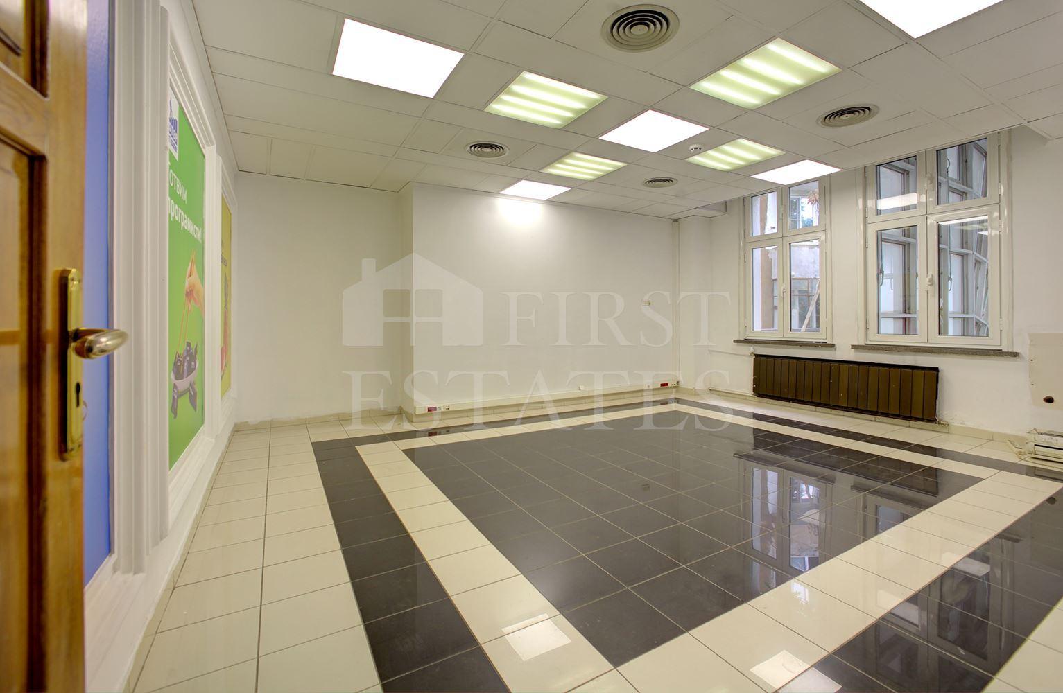 1428 m² офис под наем