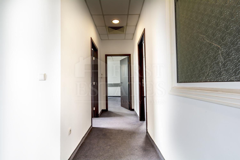 166 m² офис за продажба