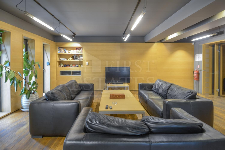 3300 m² офис за продажба