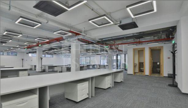 469 m² офис под наем