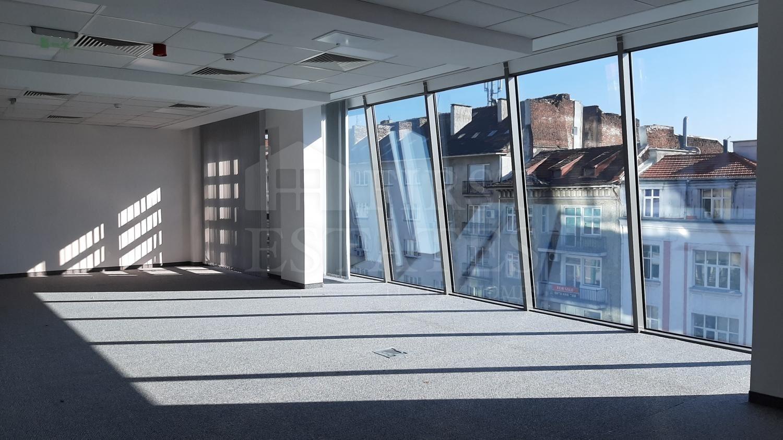 1000 m² офис под наем