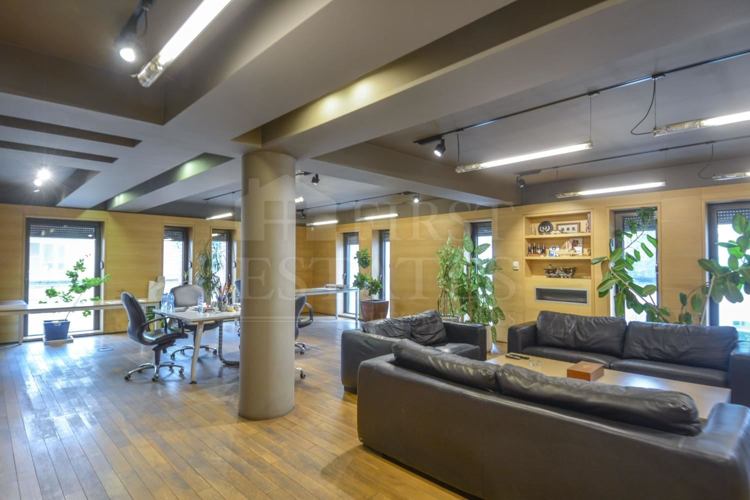170 m² office for rent
