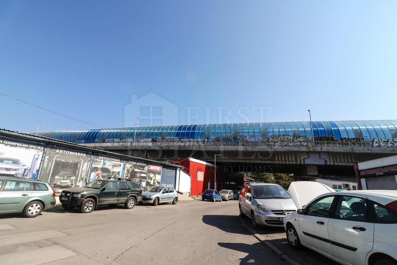 2073 m² парцел за продажба