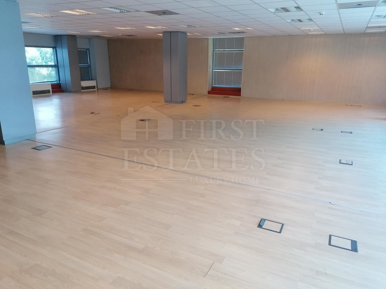 259 m² office for rent