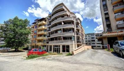 200 m² офис за продажба