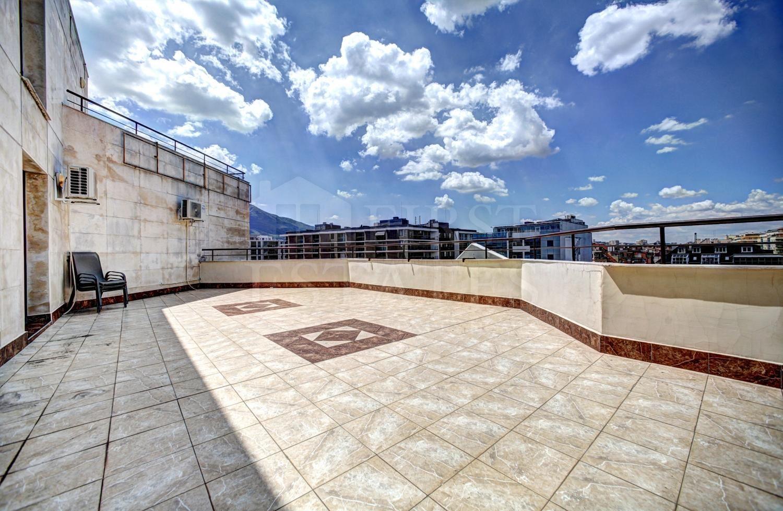 407 m² офис за продажба