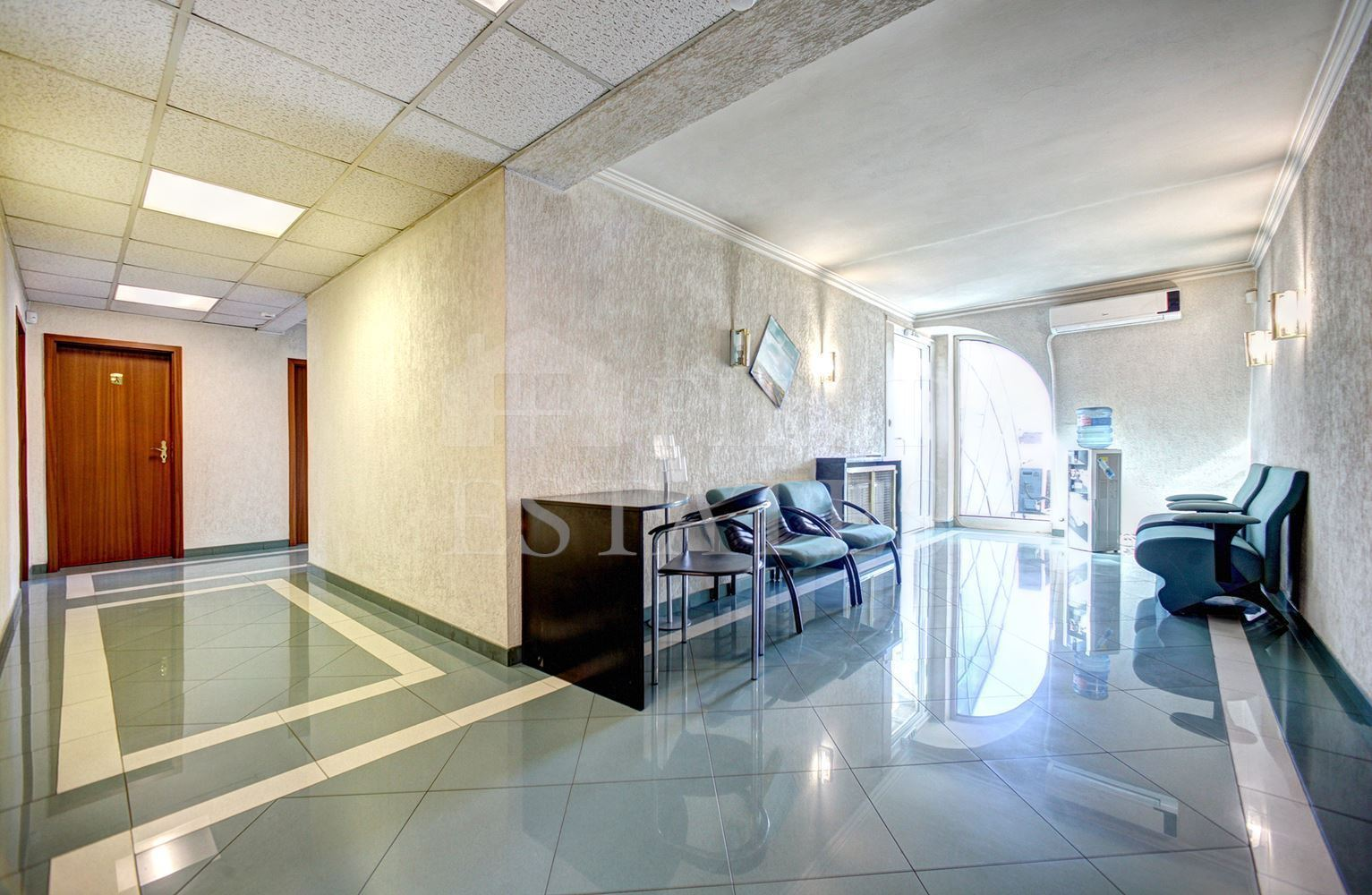 120 m² office for rent