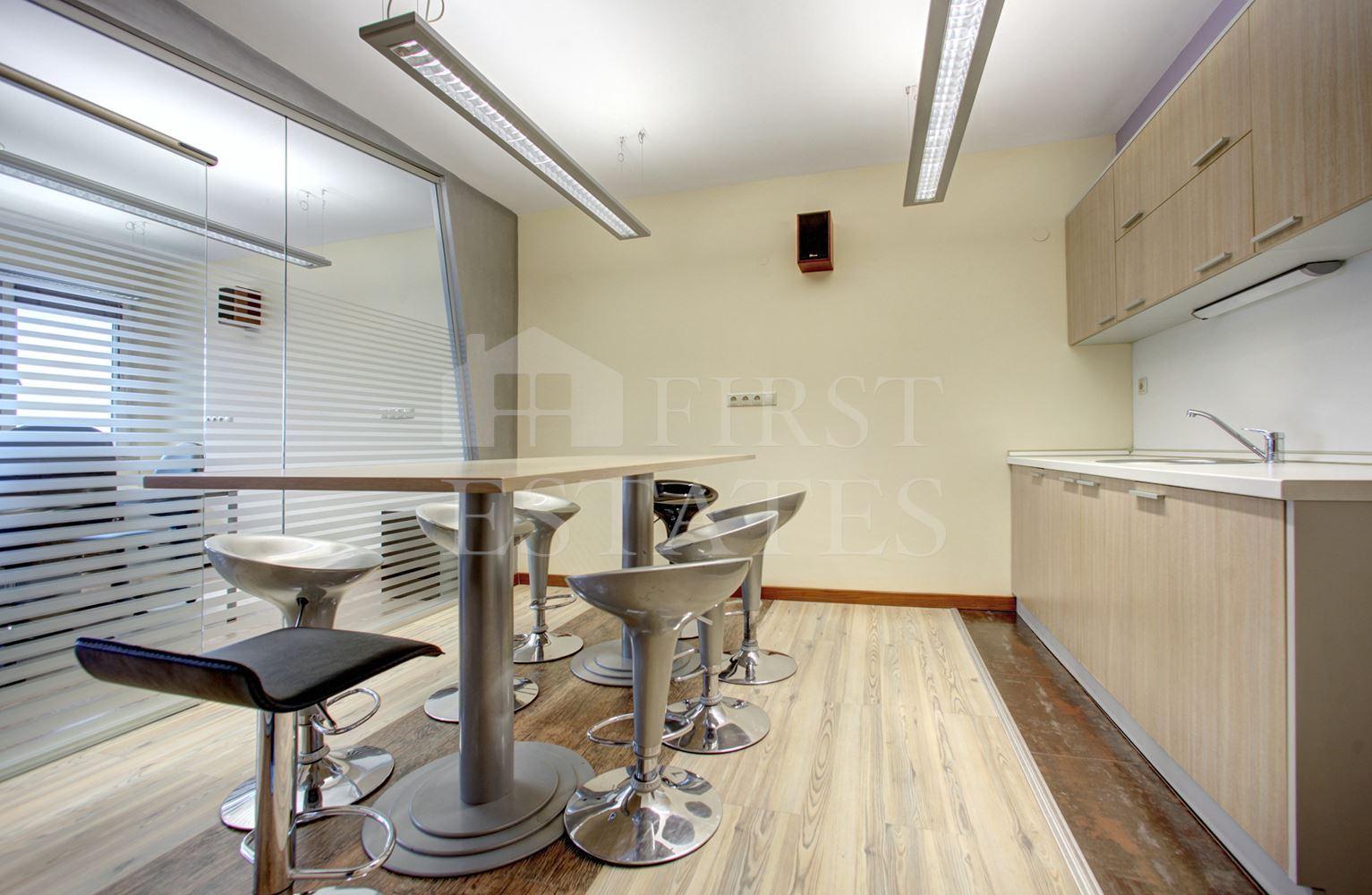 180 m² офис под наем