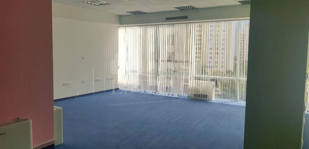 384 m² офис под наем