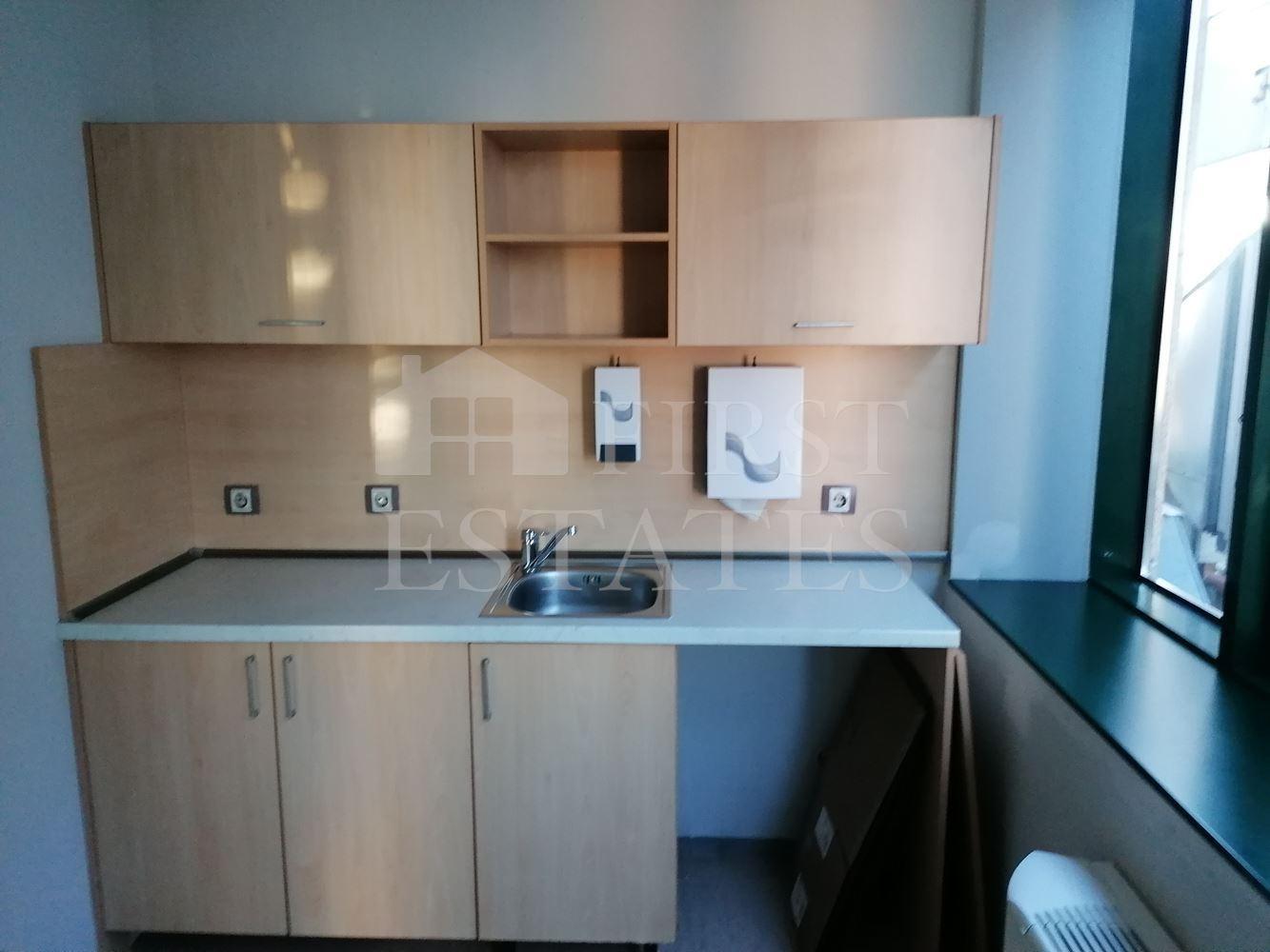 235 m² офис под наем