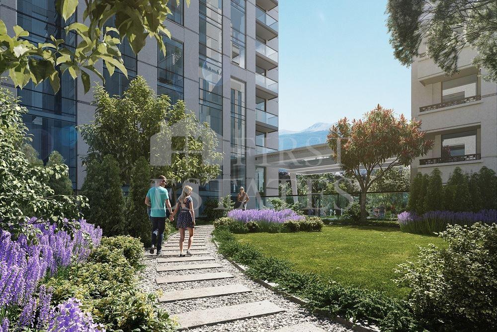 77 - 144 m² жилищна сграда с търговски обекти за продажба