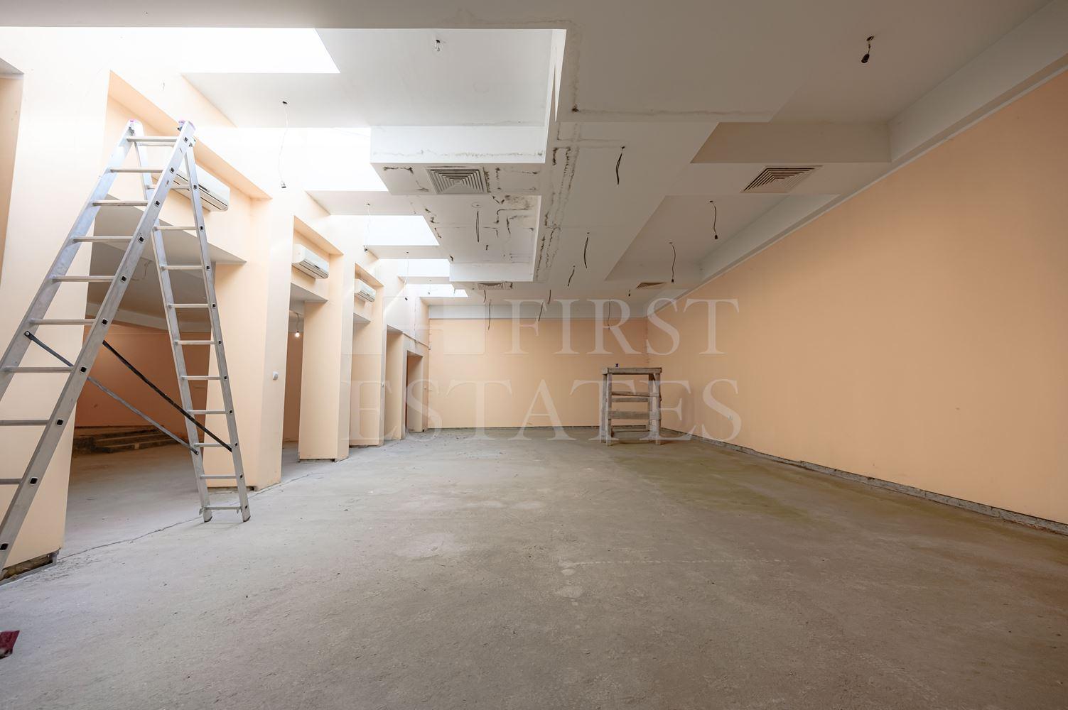 391 m² офис за продажба