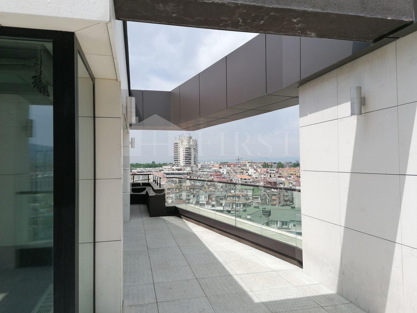 306 m² офис под наем
