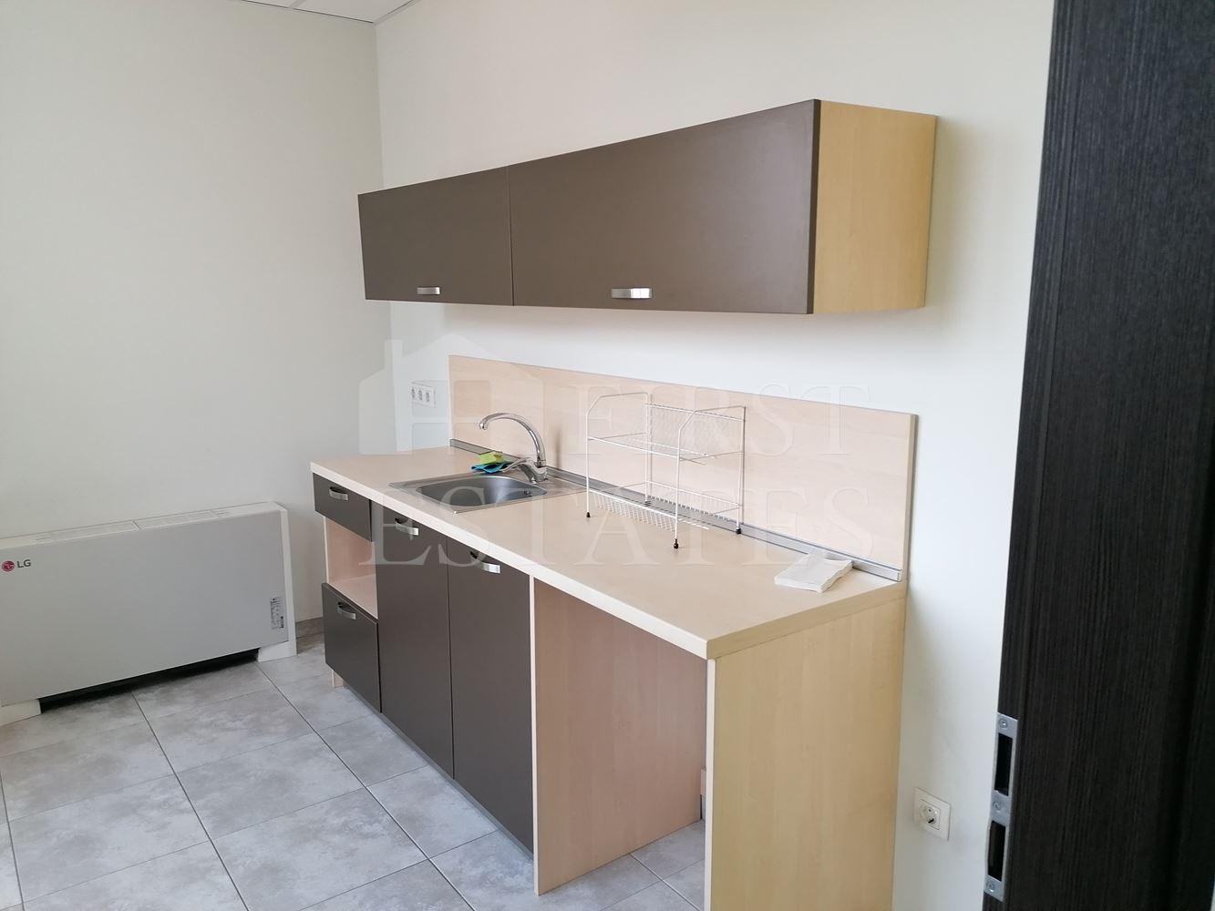 517 m² офис под наем