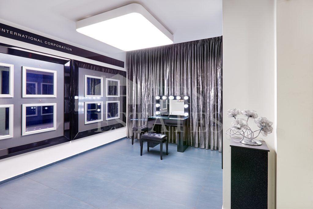 361 m² офис за продажба