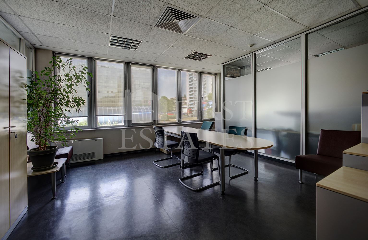 200 m² офис под наем