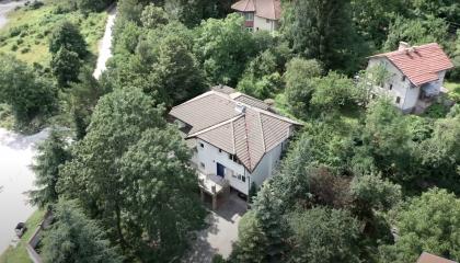 5 стайна къща с красив двор - Драгалевци